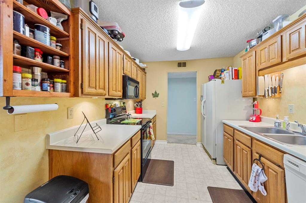 2112 Crestmeadow  Street, Denton, Texas 76207 - acquisto real estate best listing listing agent in texas shana acquisto rich person realtor