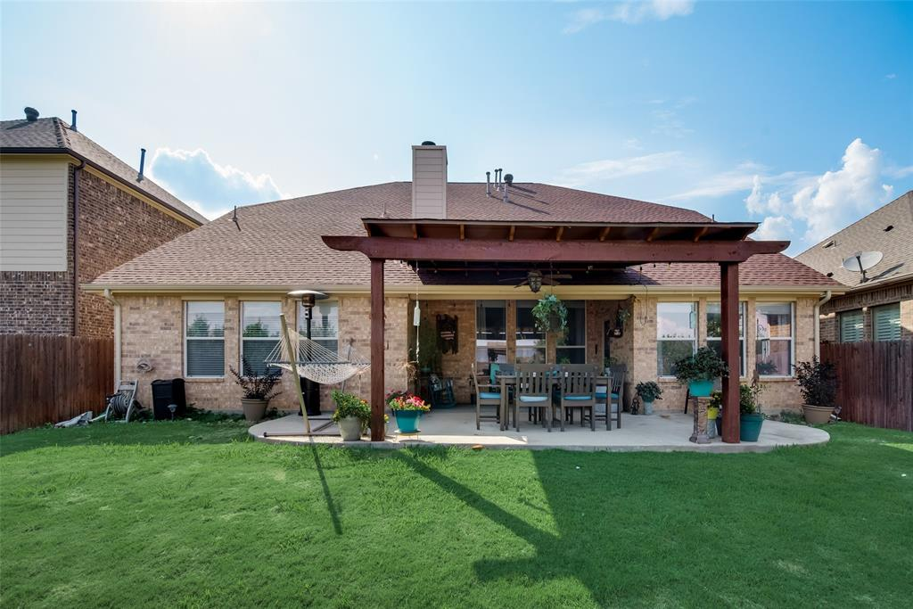 5709 Eagle Mountain  Drive, Denton, Texas 76226 - acquisto real estate best park cities realtor kim miller best staging agent