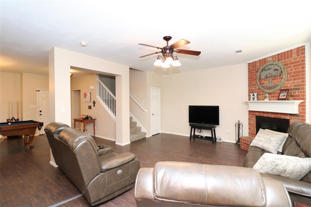 2208 Eden Green  Drive, Arlington, Texas 76001 - acquisto real estate best prosper realtor susan cancemi windfarms realtor