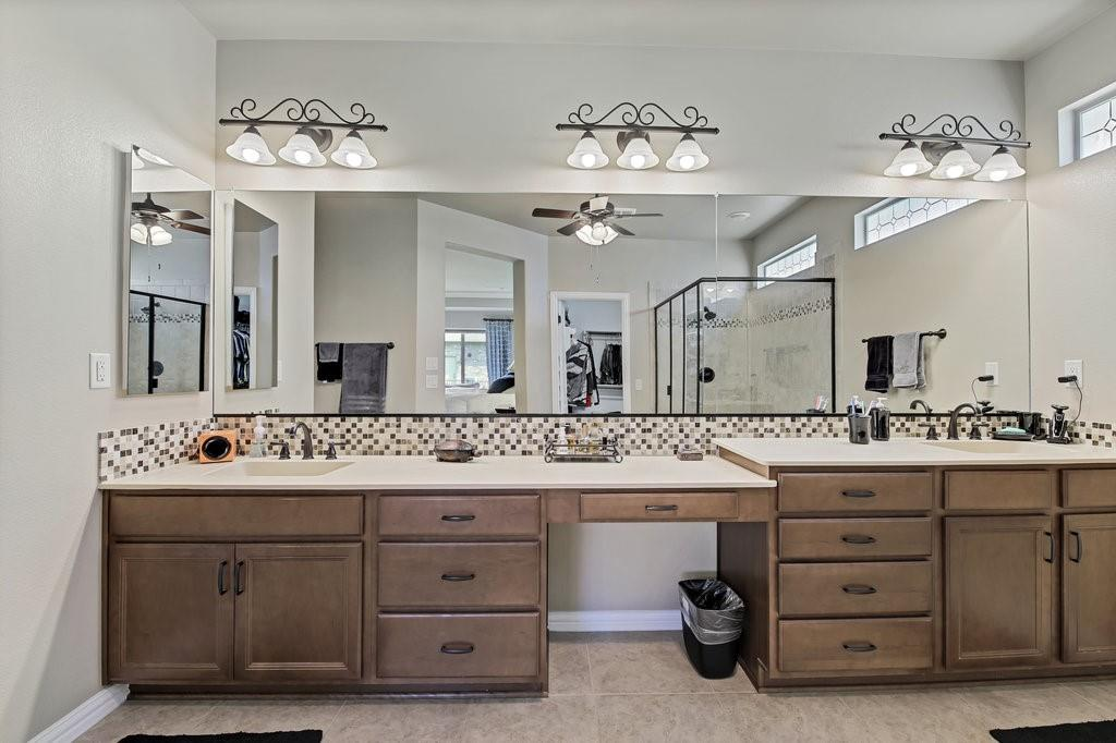 11901 Glenbrook  Street, Denton, Texas 76207 - acquisto real estate best designer and realtor hannah ewing kind realtor