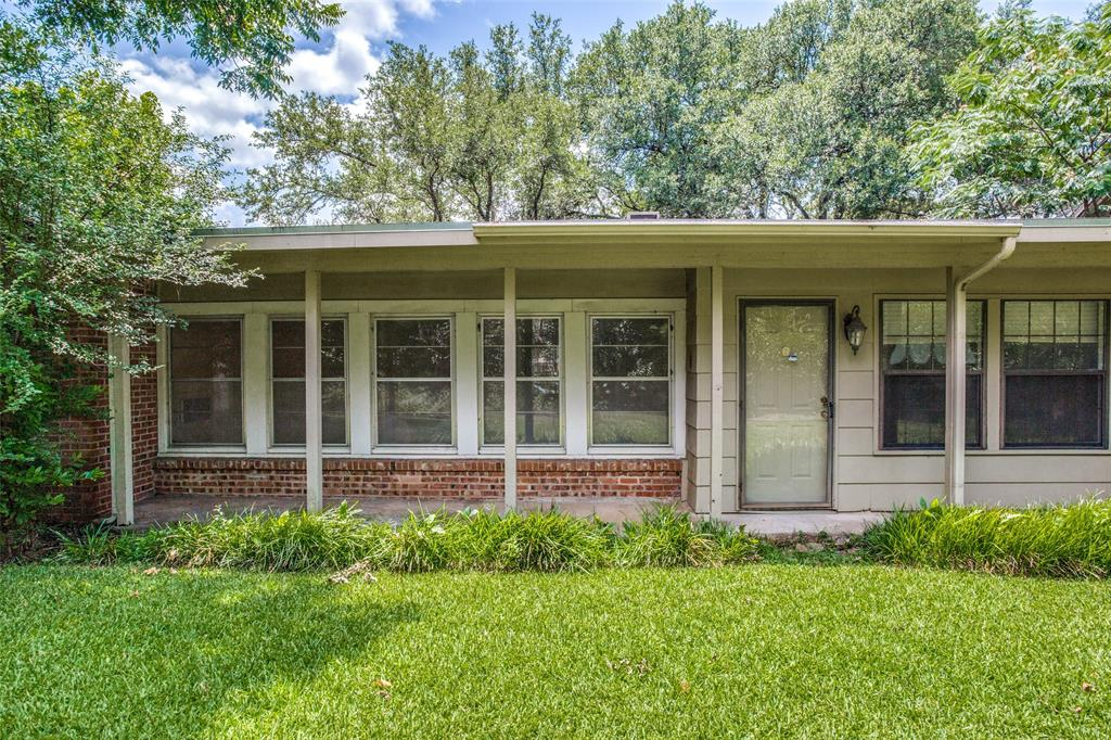 6432 Rosemont  Avenue, Fort Worth, Texas 76116 - acquisto real estate best frisco real estate agent amy gasperini panther creek realtor