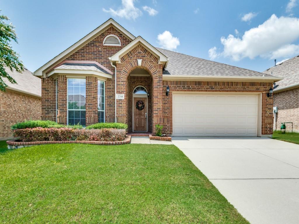 2744 Cedar Ridge  Lane, Fort Worth, Texas 76177 - Acquisto Real Estate best frisco realtor Amy Gasperini 1031 exchange expert