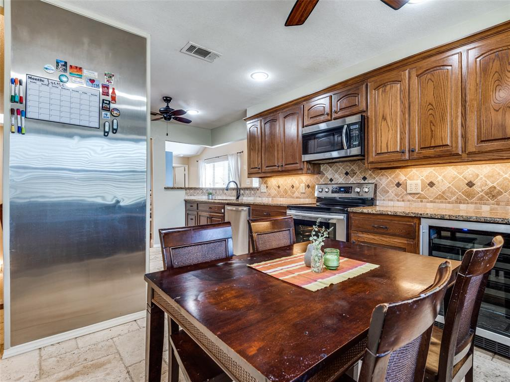 1607 San Francisco  Street, Carrollton, Texas 75007 - acquisto real estate best new home sales realtor linda miller executor real estate