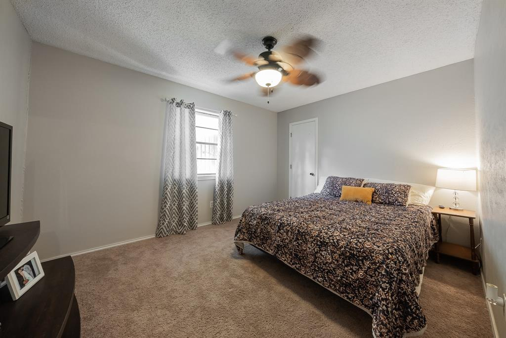 2732 Meadow Green  Bedford, Texas 76021 - acquisto real estate best realtor westlake susan cancemi kind realtor of the year
