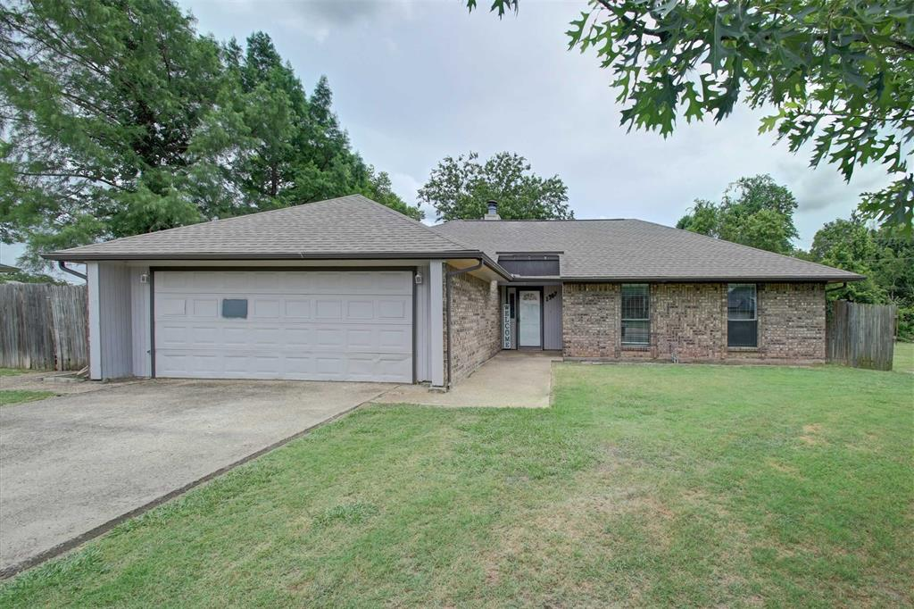1307 Linda  Court, Cleburne, Texas 76033 - Acquisto Real Estate best plano realtor mike Shepherd home owners association expert