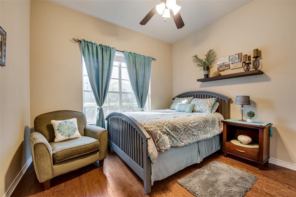 5709 Eagle Mountain  Drive, Denton, Texas 76226 - acquisto real estate best designer and realtor hannah ewing kind realtor