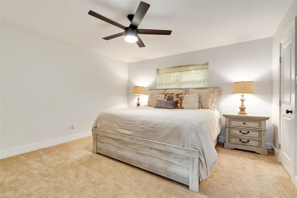 3813 Kelvin  Avenue, Fort Worth, Texas 76133 - acquisto real estate best frisco real estate broker in texas for high net worth buyers