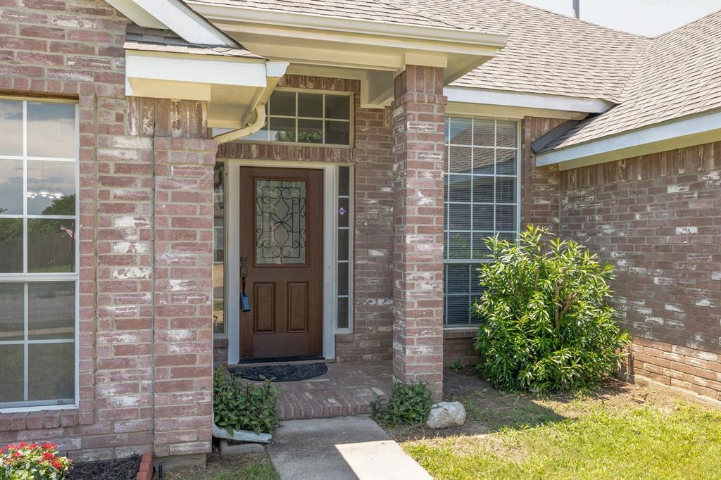 401 Watertown  Lane, Arlington, Texas 76002 - acquisto real estate best prosper realtor susan cancemi windfarms realtor