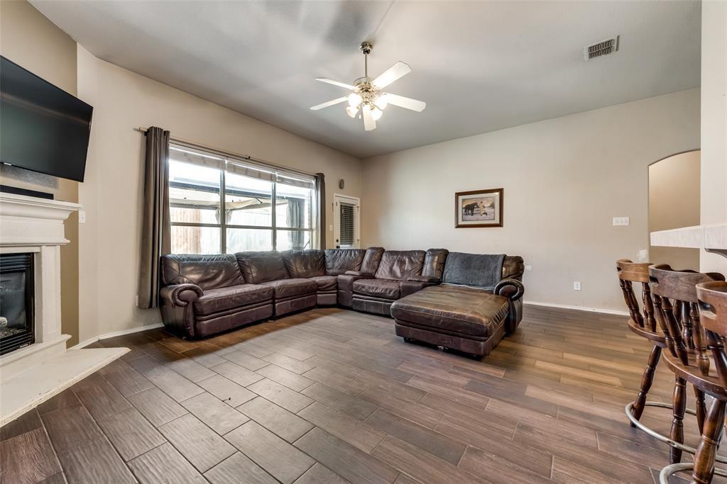 10710 Nantucket  Drive, Rowlett, Texas 75089 - acquisto real estate best celina realtor logan lawrence best dressed realtor