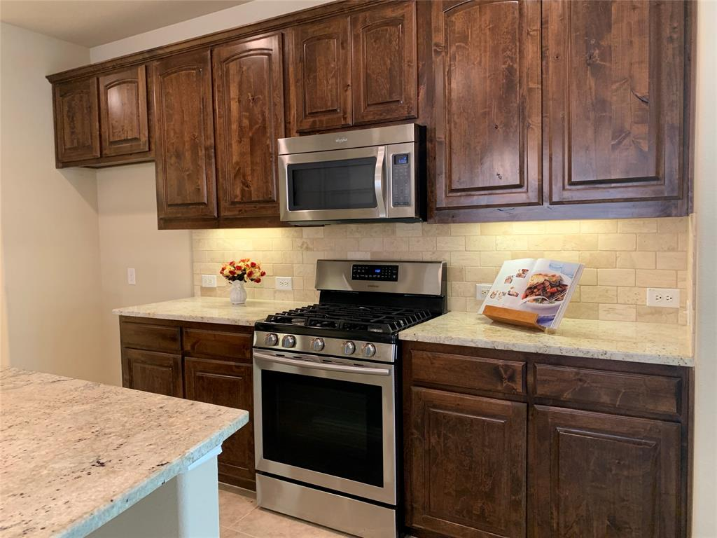 424 Spring Creek  Drive, Argyle, Texas 76226 - acquisto real estate best listing listing agent in texas shana acquisto rich person realtor