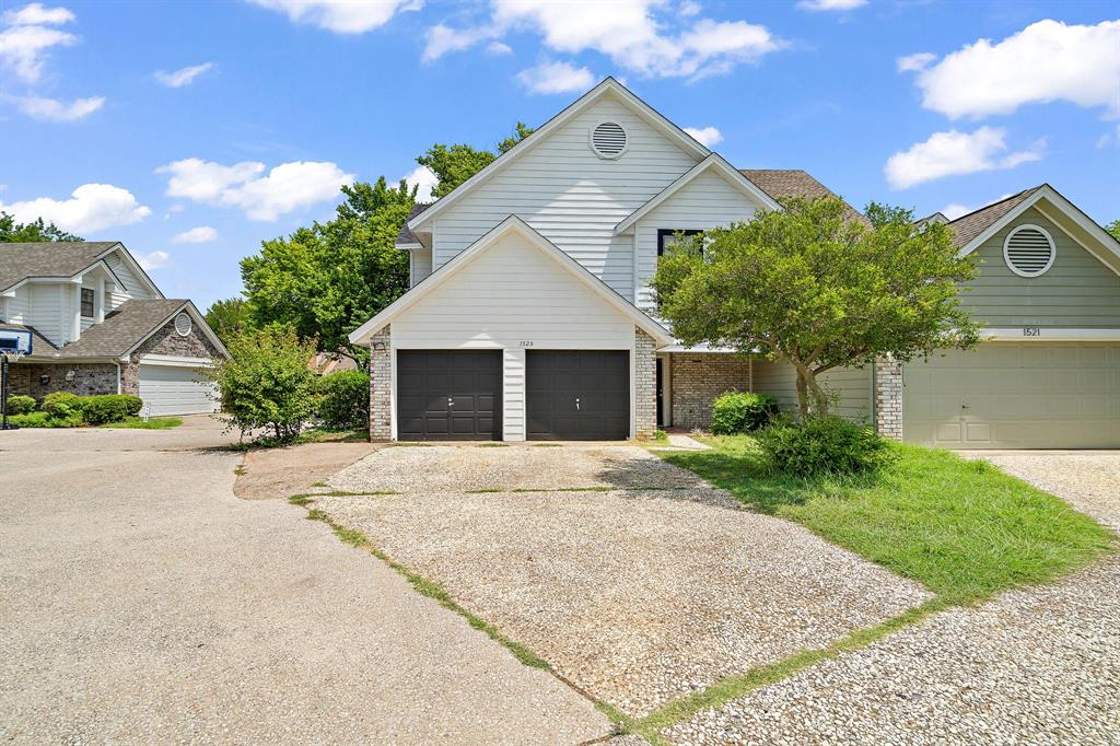 1525 Timber Creek  Road, Flower Mound, Texas 75028 - Acquisto Real Estate best frisco realtor Amy Gasperini 1031 exchange expert