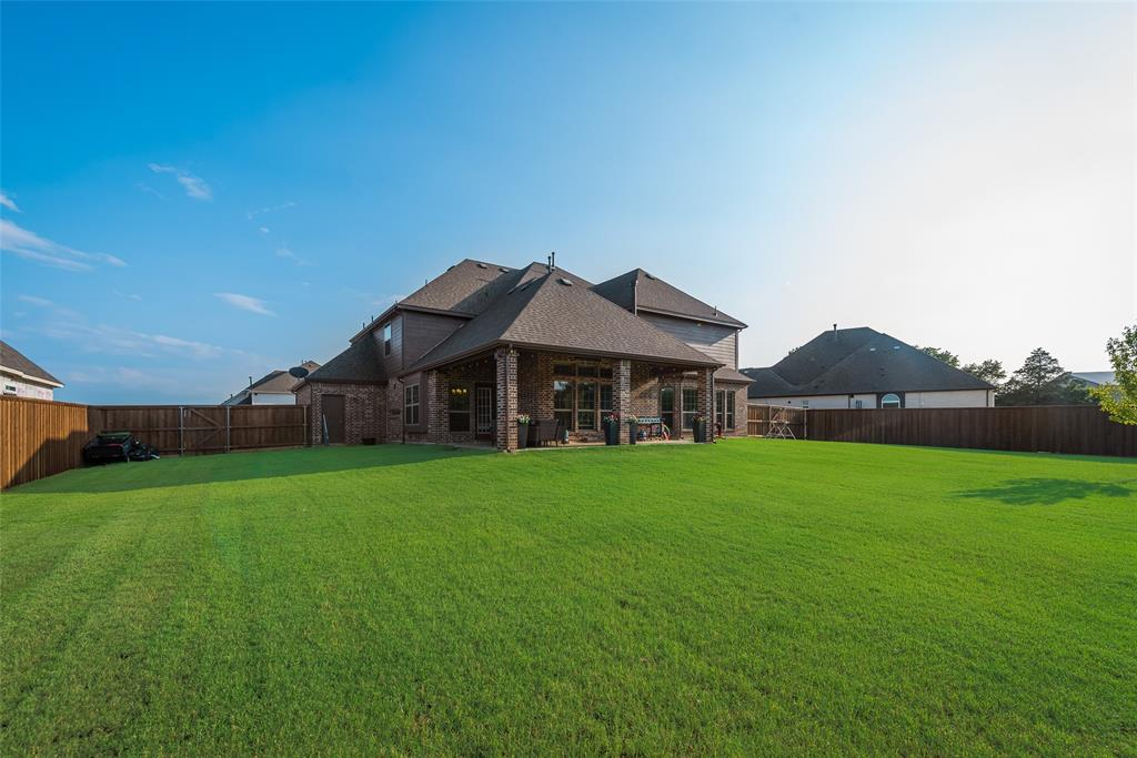 620 Ambergate  Drive, Shady Shores, Texas 76208 - Acquisto Real Estate best frisco realtor Amy Gasperini 1031 exchange expert