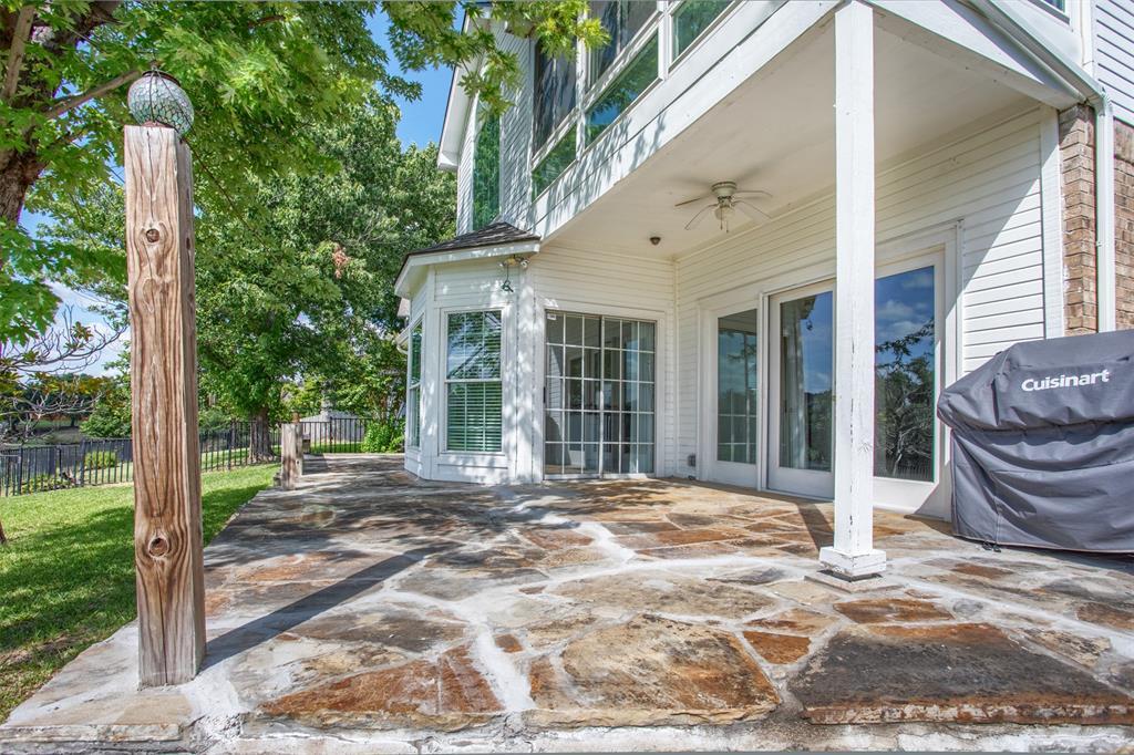 9432 Abbey  Road, Irving, Texas 75063 - acquisto real estate best negotiating realtor linda miller declutter realtor