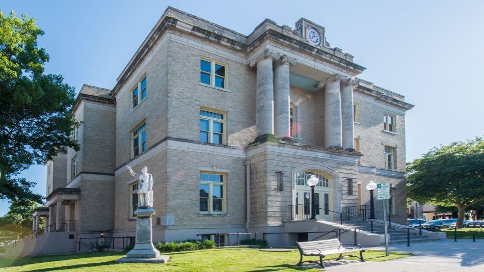 305 Bradley  Street, McKinney, Texas 75069 - Acquisto Real Estate best frisco realtor Amy Gasperini 1031 exchange expert