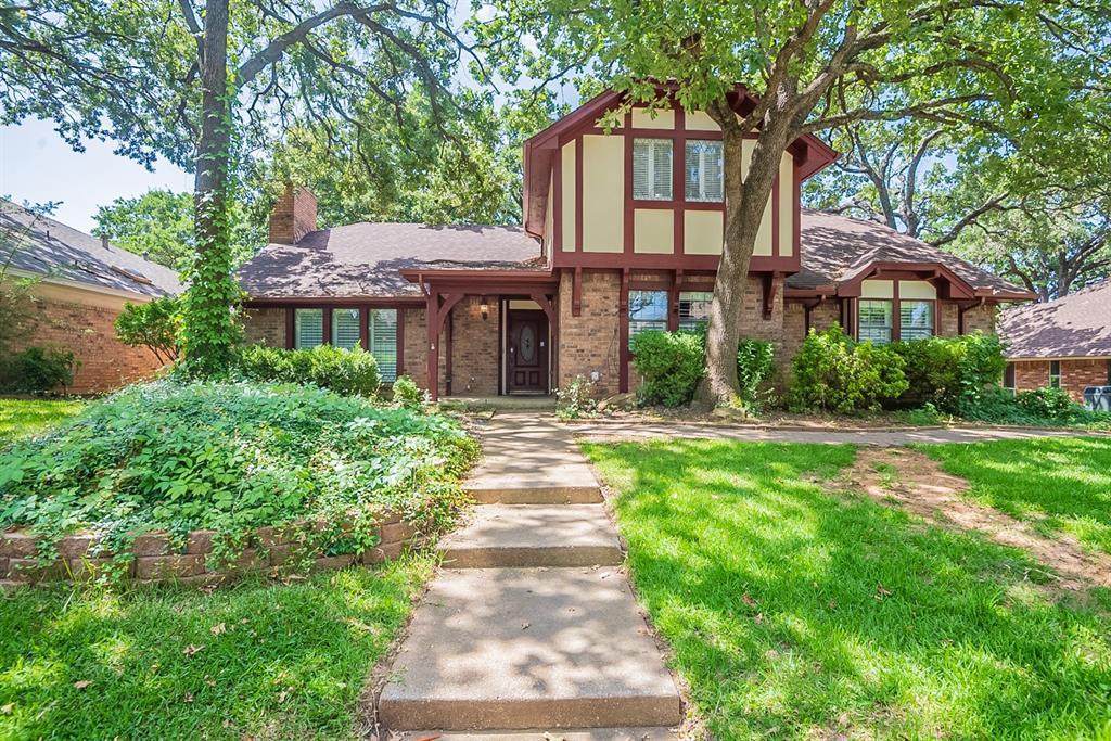 4006 Woodcastle  Court, Arlington, Texas 76016 - Acquisto Real Estate best frisco realtor Amy Gasperini 1031 exchange expert
