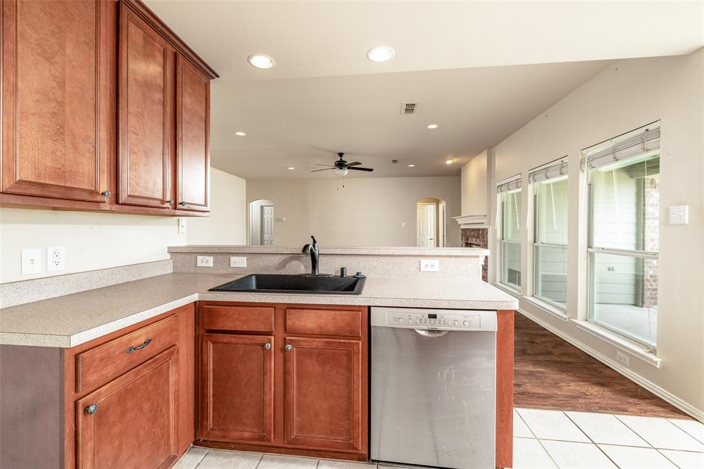5108 Brookside  Drive, Denton, Texas 76226 - acquisto real estate best listing listing agent in texas shana acquisto rich person realtor