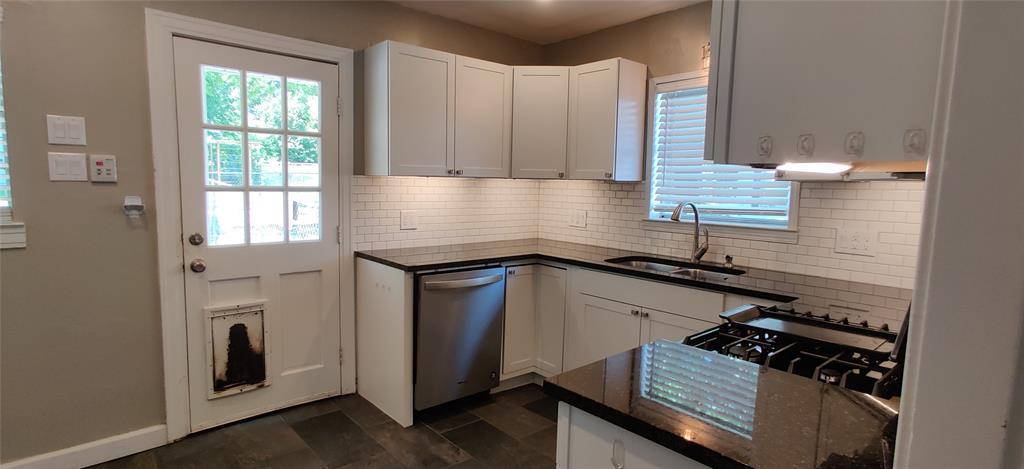 411 Bradley  Street, Denton, Texas 76201 - acquisto real estate best listing agent in the nation shana acquisto estate realtor