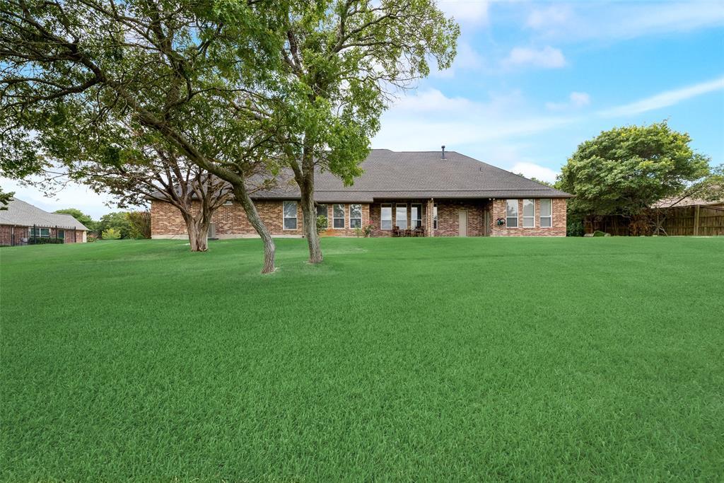 1721 Woodridge  Court, Aledo, Texas 76008 - acquisto real estate best negotiating realtor linda miller declutter realtor
