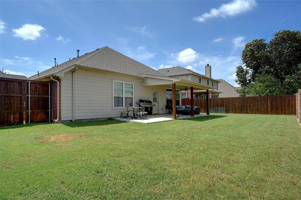 4013 Bonita  Avenue, Denton, Texas 76210 - acquisto real estate best negotiating realtor linda miller declutter realtor
