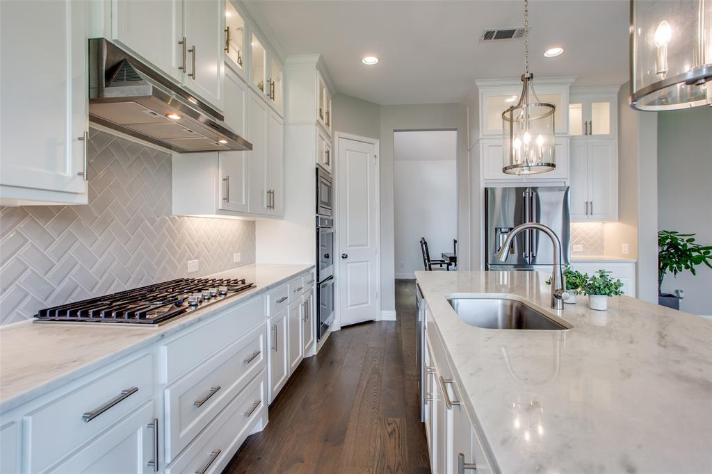 1920 Foxglen  Drive, Prosper, Texas 75078 - acquisto real estate best designer and realtor hannah ewing kind realtor