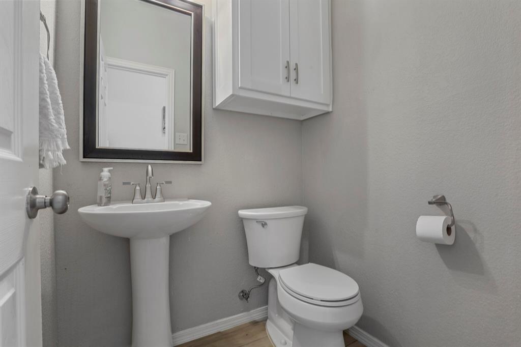 8522 Coventry  Drive, Rowlett, Texas 75089 - acquisto real estate best listing agent in the nation shana acquisto estate realtor