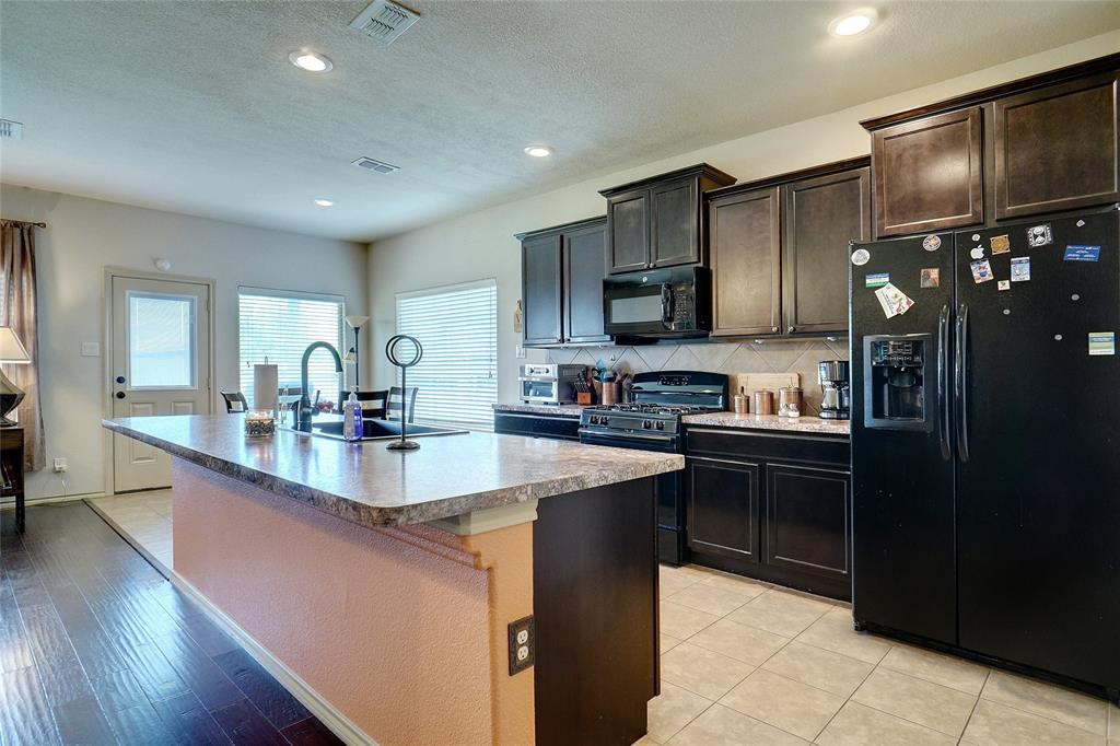 1841 Capulin  Road, Fort Worth, Texas 76131 - acquisto real estate best flower mound realtor jody daley lake highalands agent of the year