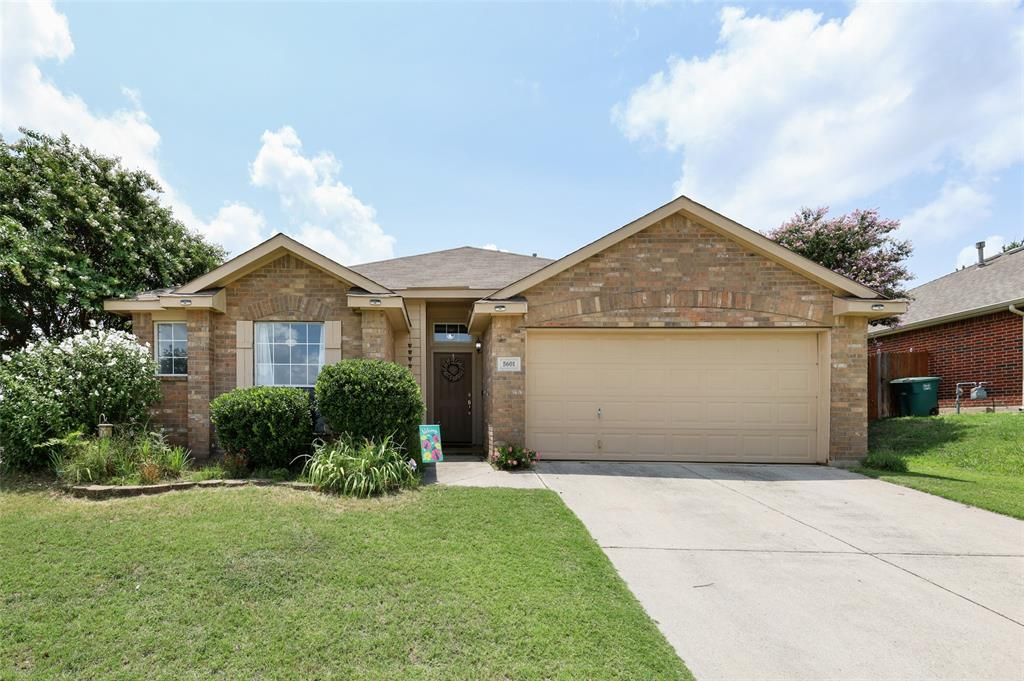 5601 Seafield  Lane, Fort Worth, Texas 76135 - Acquisto Real Estate best plano realtor mike Shepherd home owners association expert