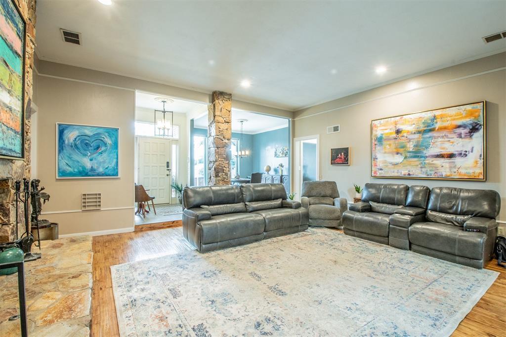 8909 Flint Falls  Drive, Dallas, Texas 75243 - acquisto real estate best prosper realtor susan cancemi windfarms realtor