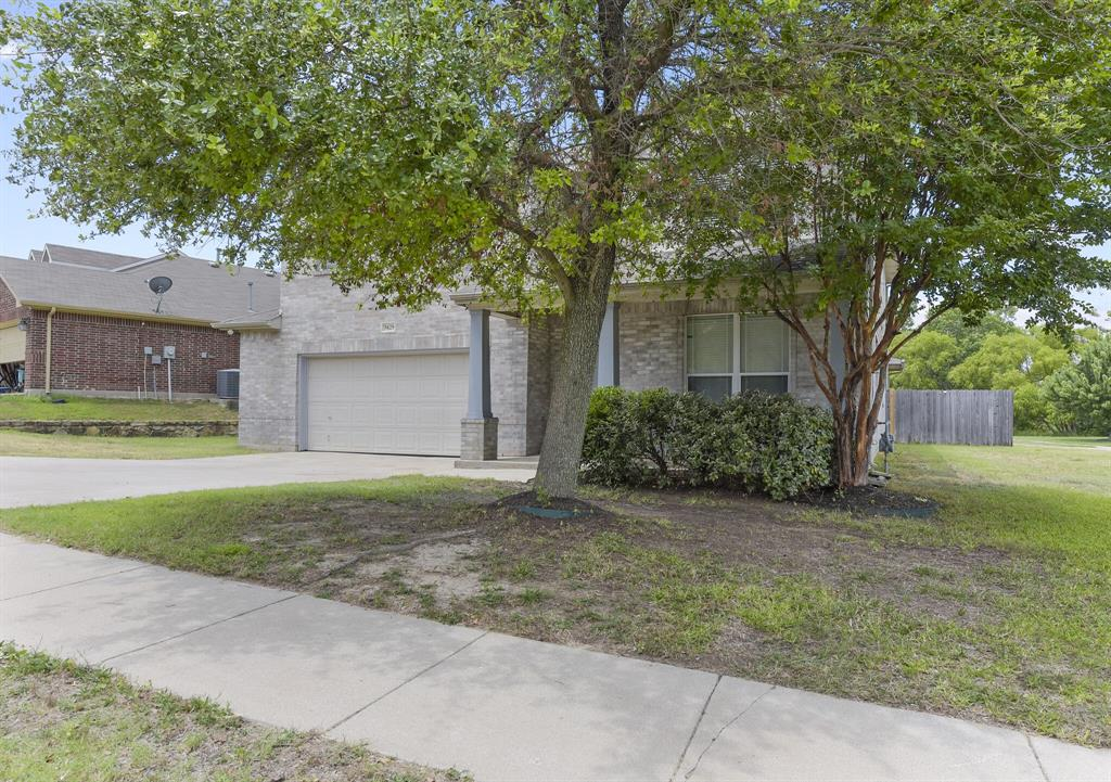 5829 Water Ridge  Court, Fort Worth, Texas 76179 - acquisto real estate agent of the year mike shepherd