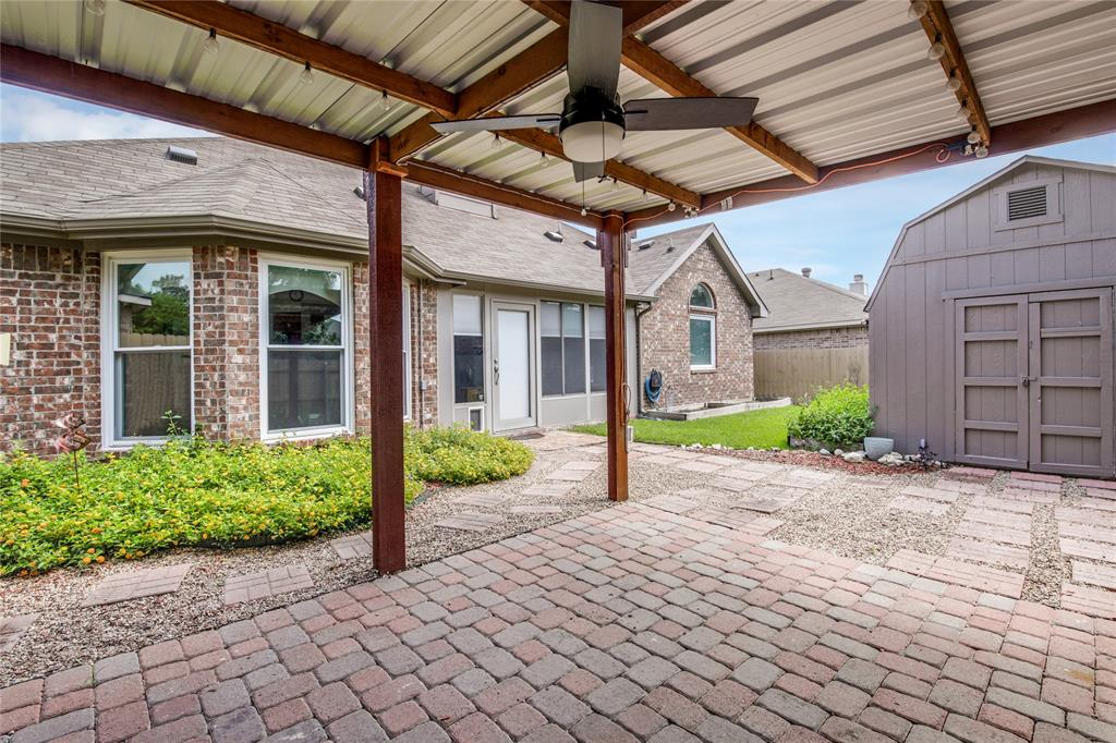 905 Canterbury  Drive, Saginaw, Texas 76179 - acquisto real estate best plano real estate agent mike shepherd