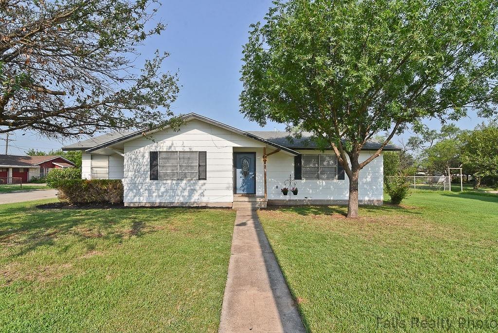 301 West  Avenue, Holliday, Texas 76366 - Acquisto Real Estate best frisco realtor Amy Gasperini 1031 exchange expert