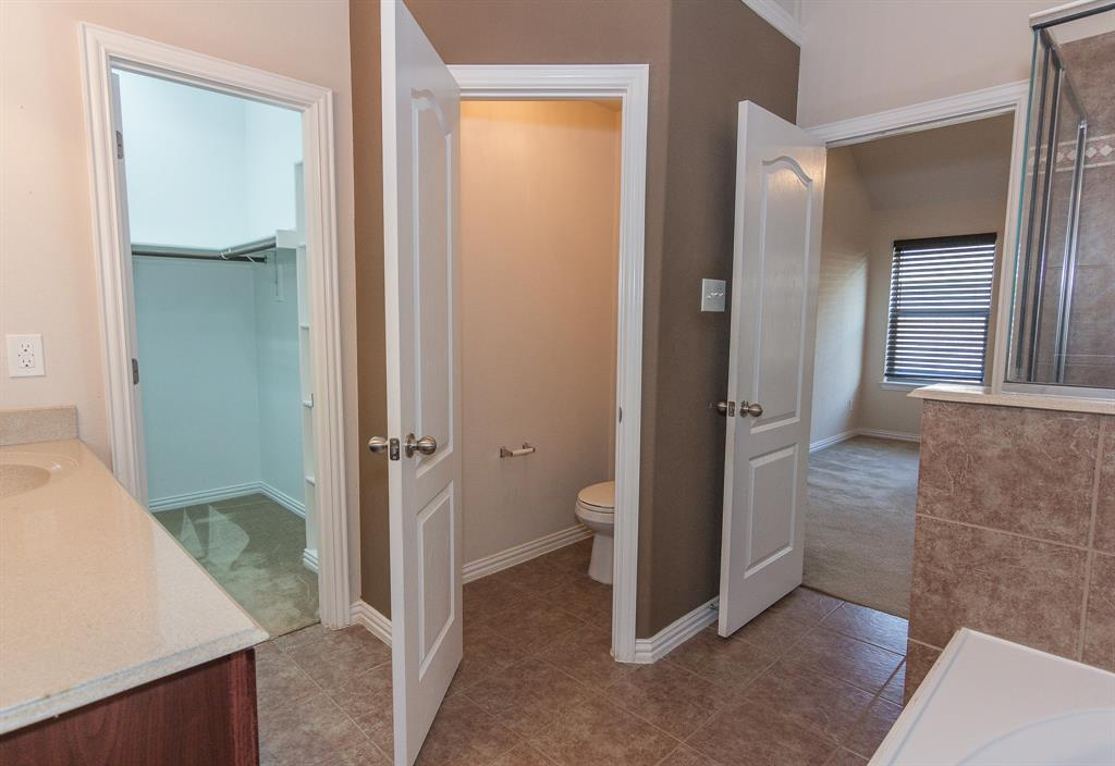 724 Sendero  Road, Arlington, Texas 76002 - acquisto real estate best new home sales realtor linda miller executor real estate