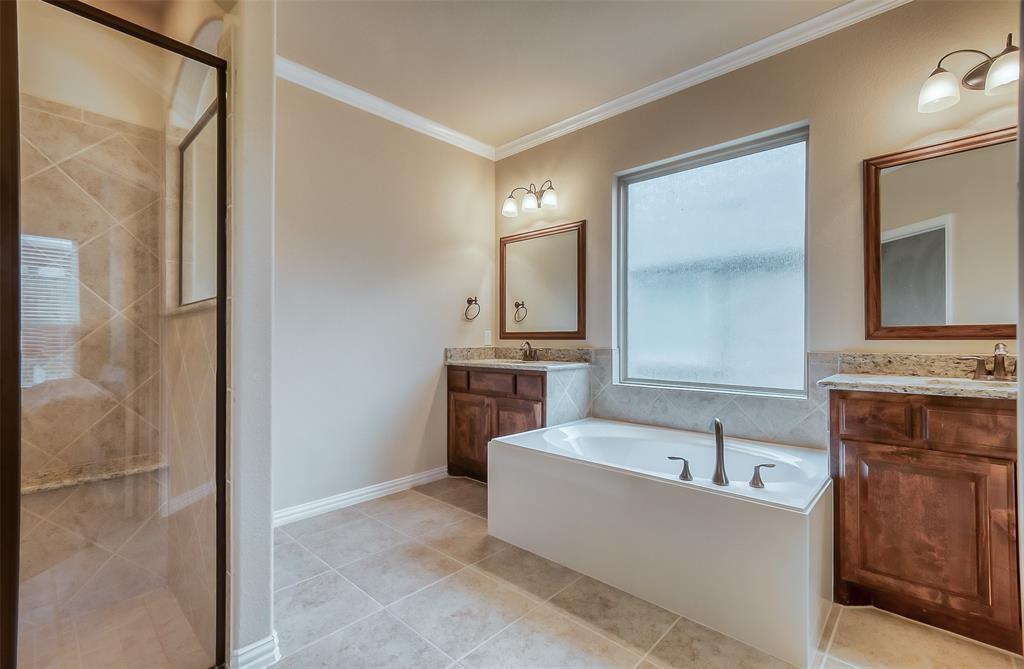 9822 Amberwoods  Lane, Frisco, Texas 75035 - acquisto real estate best frisco real estate broker in texas for high net worth buyers