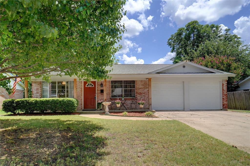 217 Straw  Road, Saginaw, Texas 76179 - Acquisto Real Estate best frisco realtor Amy Gasperini 1031 exchange expert