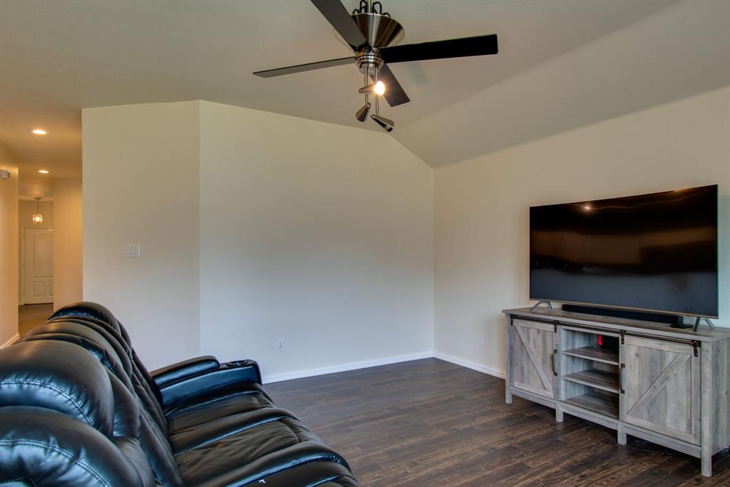 2032 Times  Road, Heartland, Texas 75126 - acquisto real estate best style realtor kim miller best real estate reviews dfw