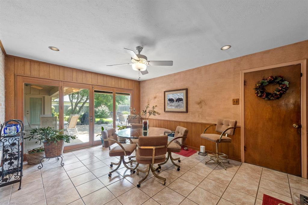 3232 Catamore  Lane, Dallas, Texas 75229 - acquisto real estate best realtor dfw jody daley liberty high school realtor