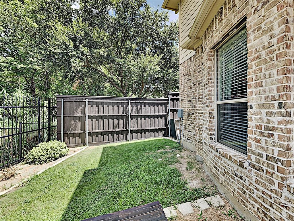 2224 Forest Hollow  Park, Dallas, Texas 75228 - acquisto real estate best investor home specialist mike shepherd relocation expert