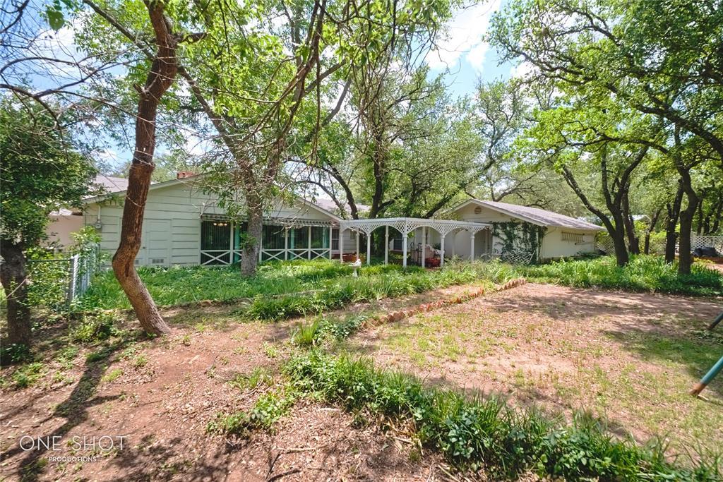 307 Hillcrest  Avenue, Eastland, Texas 76448 - acquisto real estate best real estate idx dilusso marketing mike acquisto