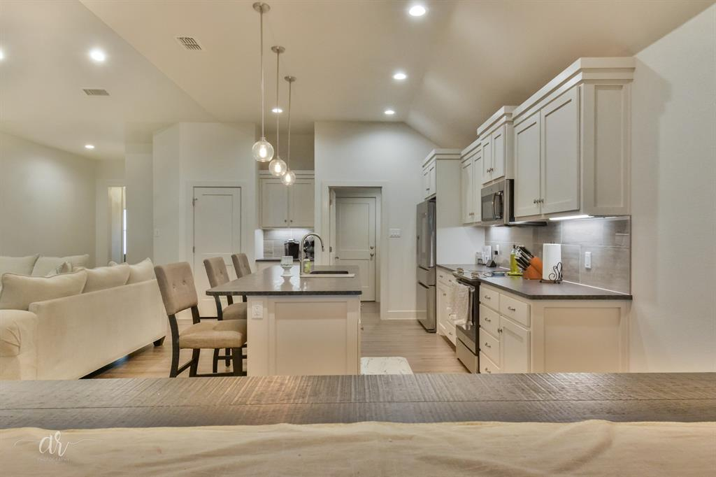 4609 Ebbets  Abilene, Texas 79606 - acquisto real estate best listing agent in the nation shana acquisto estate realtor