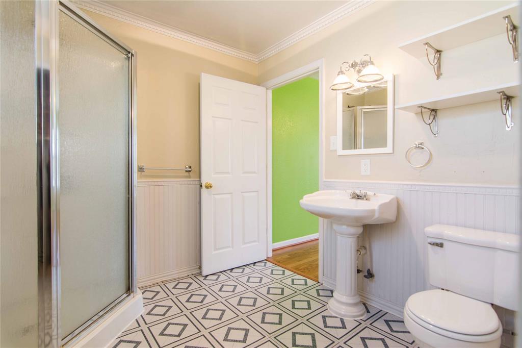 928 Dora  Street, Bedford, Texas 76022 - acquisto real estate best celina realtor logan lawrence best dressed realtor