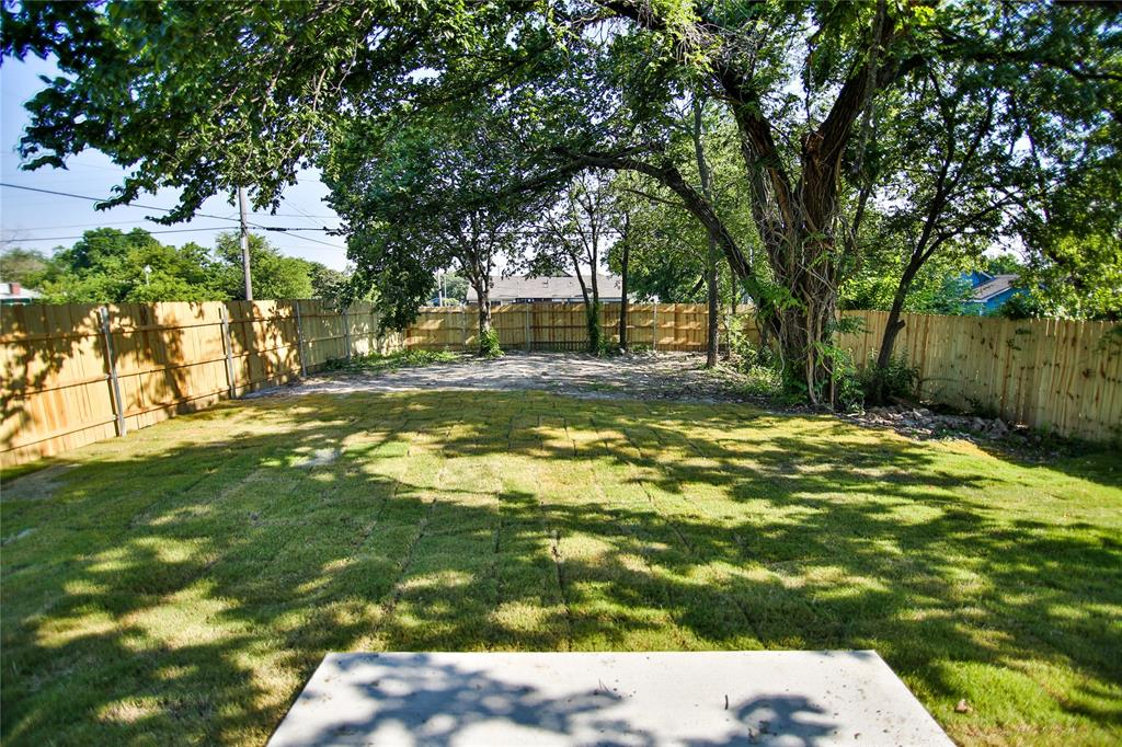 1128 Richmond  Avenue, Fort Worth, Texas 76104 - acquisto real estate best realtor foreclosure real estate mike shepeherd walnut grove realtor