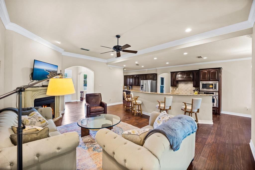 208 Bluff View  Aledo, Texas 76008 - acquisto real estate best photos for luxury listings amy gasperini quick sale real estate
