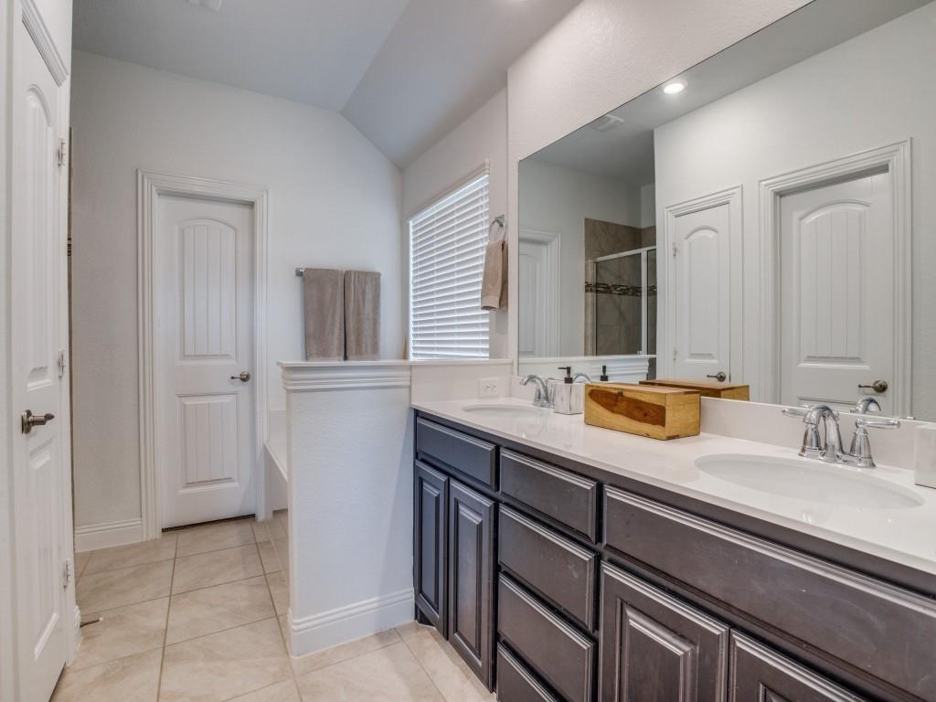 1020 Bluebird  Way, Celina, Texas 75009 - acquisto real estate best frisco real estate broker in texas for high net worth buyers