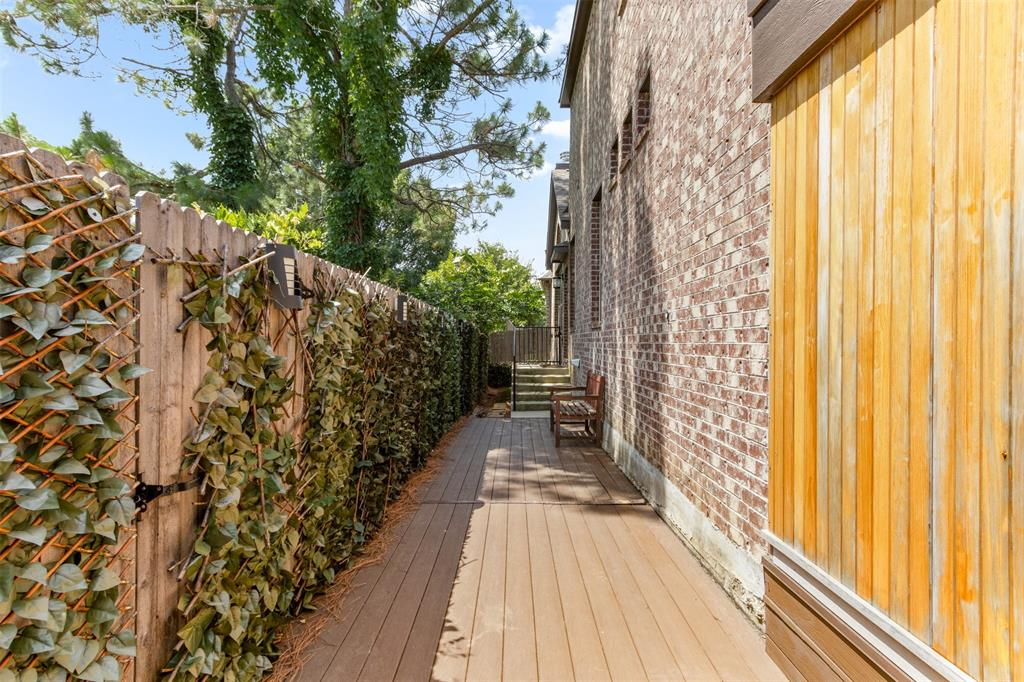 7208 Nirvana  Circle, North Richland Hills, Texas 76182 - acquisto real estate best negotiating realtor linda miller declutter realtor