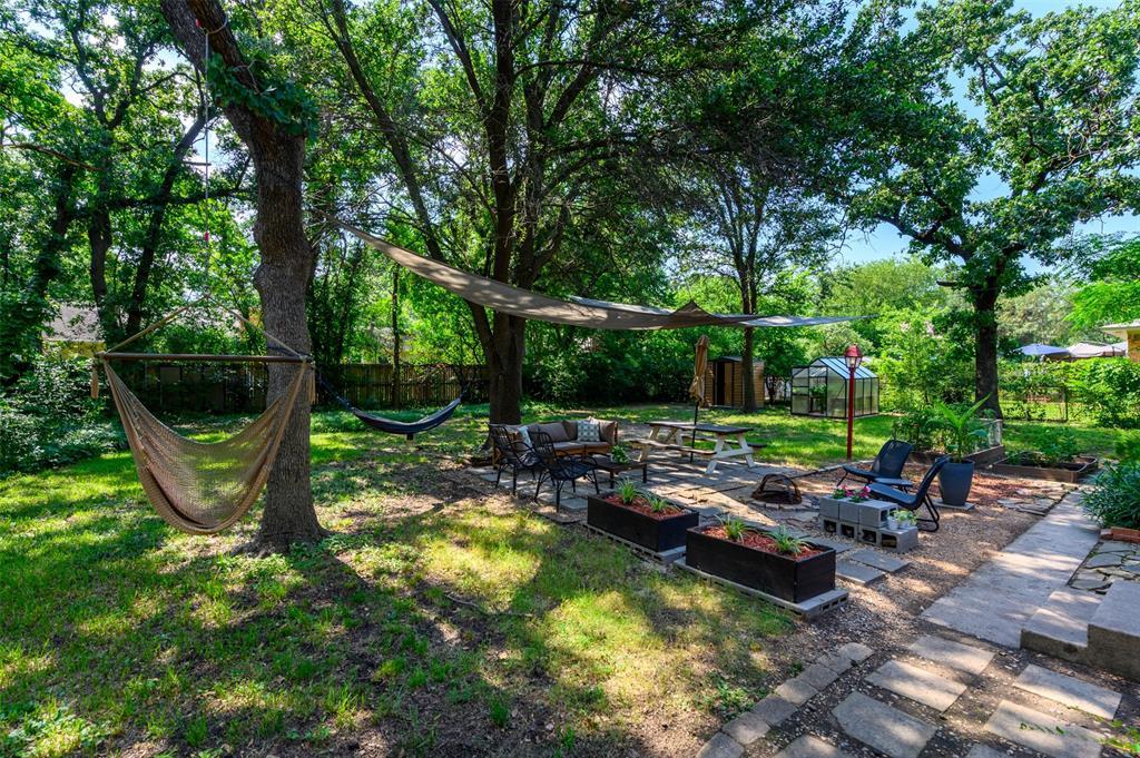 2503 Glenwood  Lane, Denton, Texas 76209 - acquisto real estate best realtor foreclosure real estate mike shepeherd walnut grove realtor