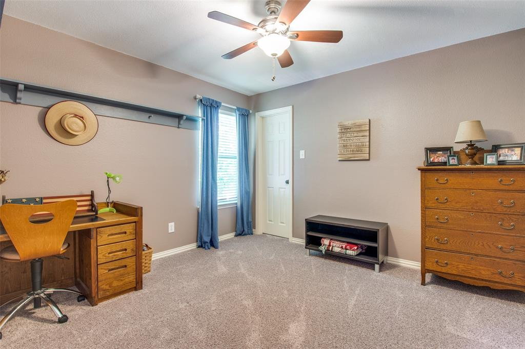 7985 Thistletree  Lane, Frisco, Texas 75033 - acquisto real estate best plano real estate agent mike shepherd