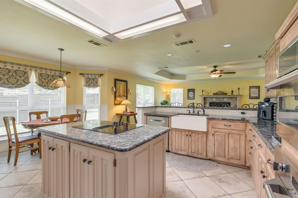 2701 Cedar Springs  Court, Bedford, Texas 76021 - acquisto real estaet best boutique real estate firm in texas for high net worth sellers