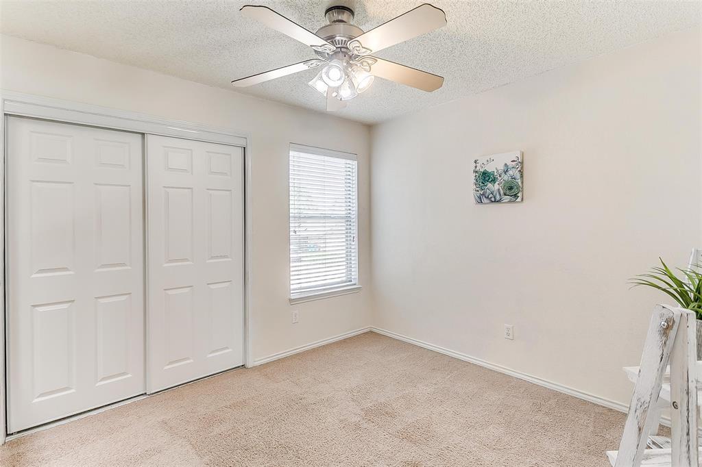 6028 Hillglen  Drive, Watauga, Texas 76148 - acquisto real estate best photo company frisco 3d listings