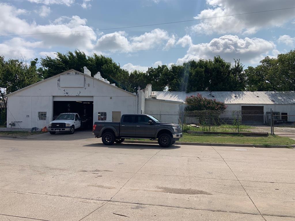 2615 Saint Louis  Avenue, Fort Worth, Texas 76110 - Acquisto Real Estate best frisco realtor Amy Gasperini 1031 exchange expert