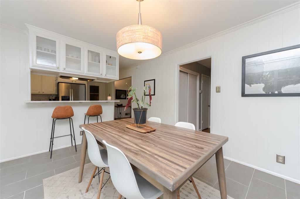 2503 Glenwood  Lane, Denton, Texas 76209 - acquisto real estate best style realtor kim miller best real estate reviews dfw